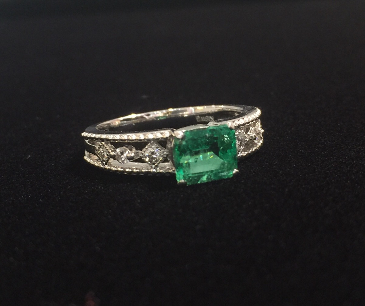 1.161ct Emerald Ring