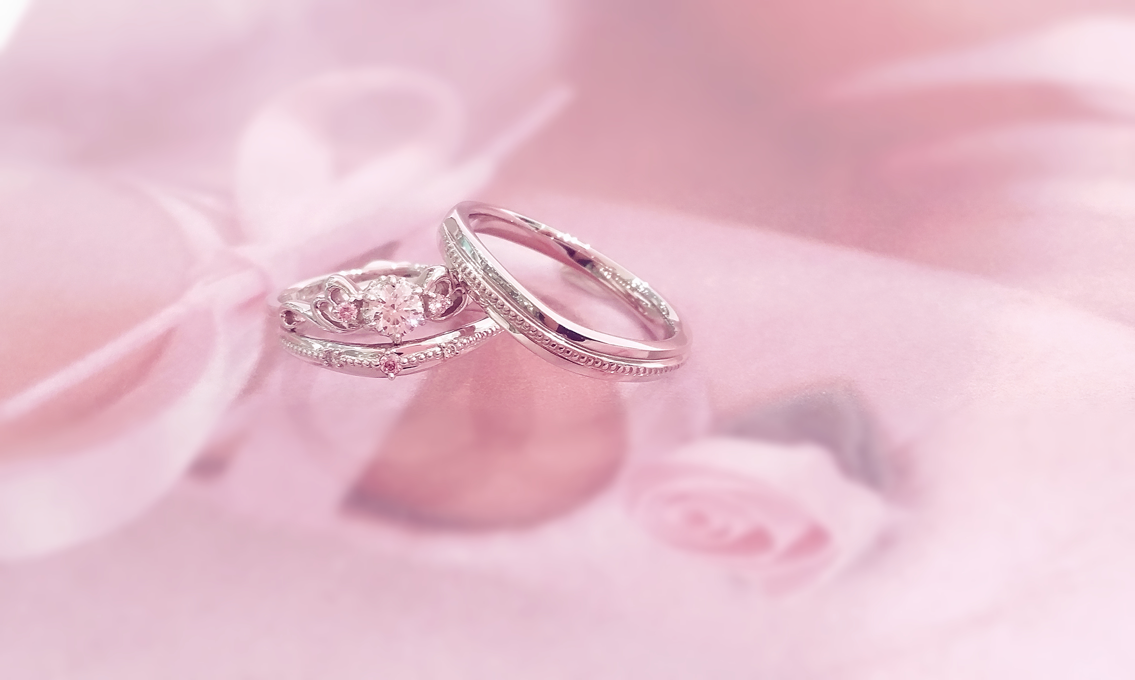 Blossoms Of Love - VENUS TEARS - Wedding Bands / Engagement Ring
