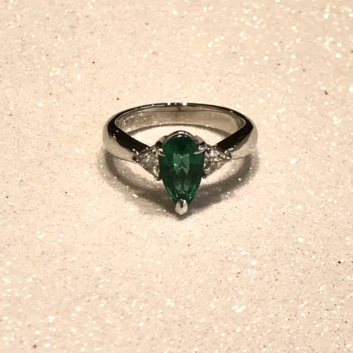 PT900 1.06ct & 0.27ct Emerald Ring