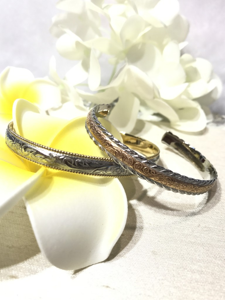 Two tone bangles carved with Hawaiian Motifs