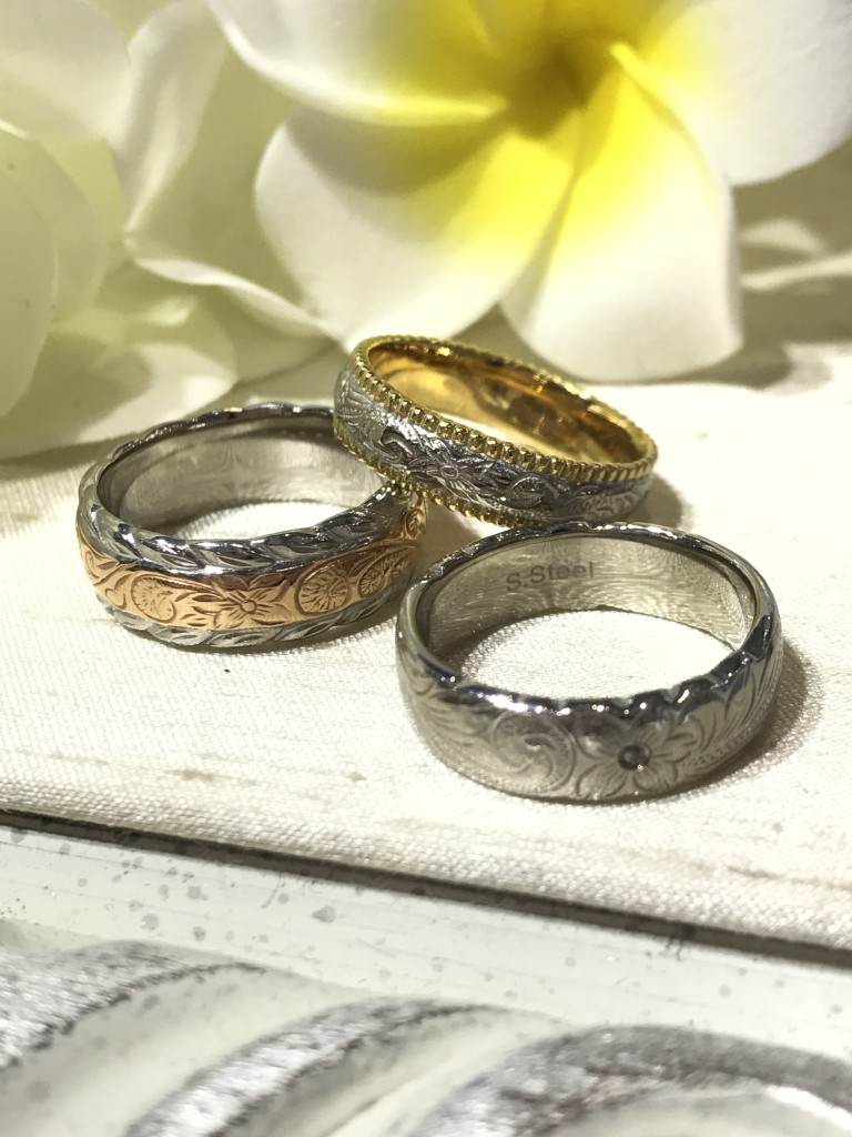 Rings carved with Hawaiian Motifs, available in two tones style
