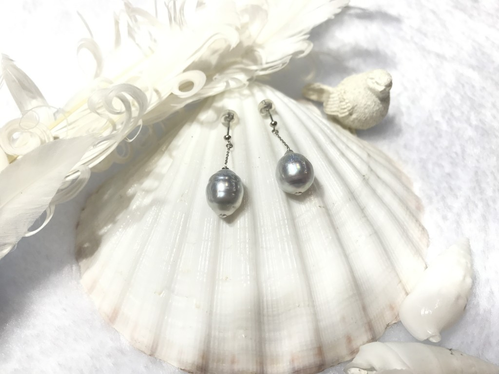 K14 White Gold set with White South Sea Pearls Earrings