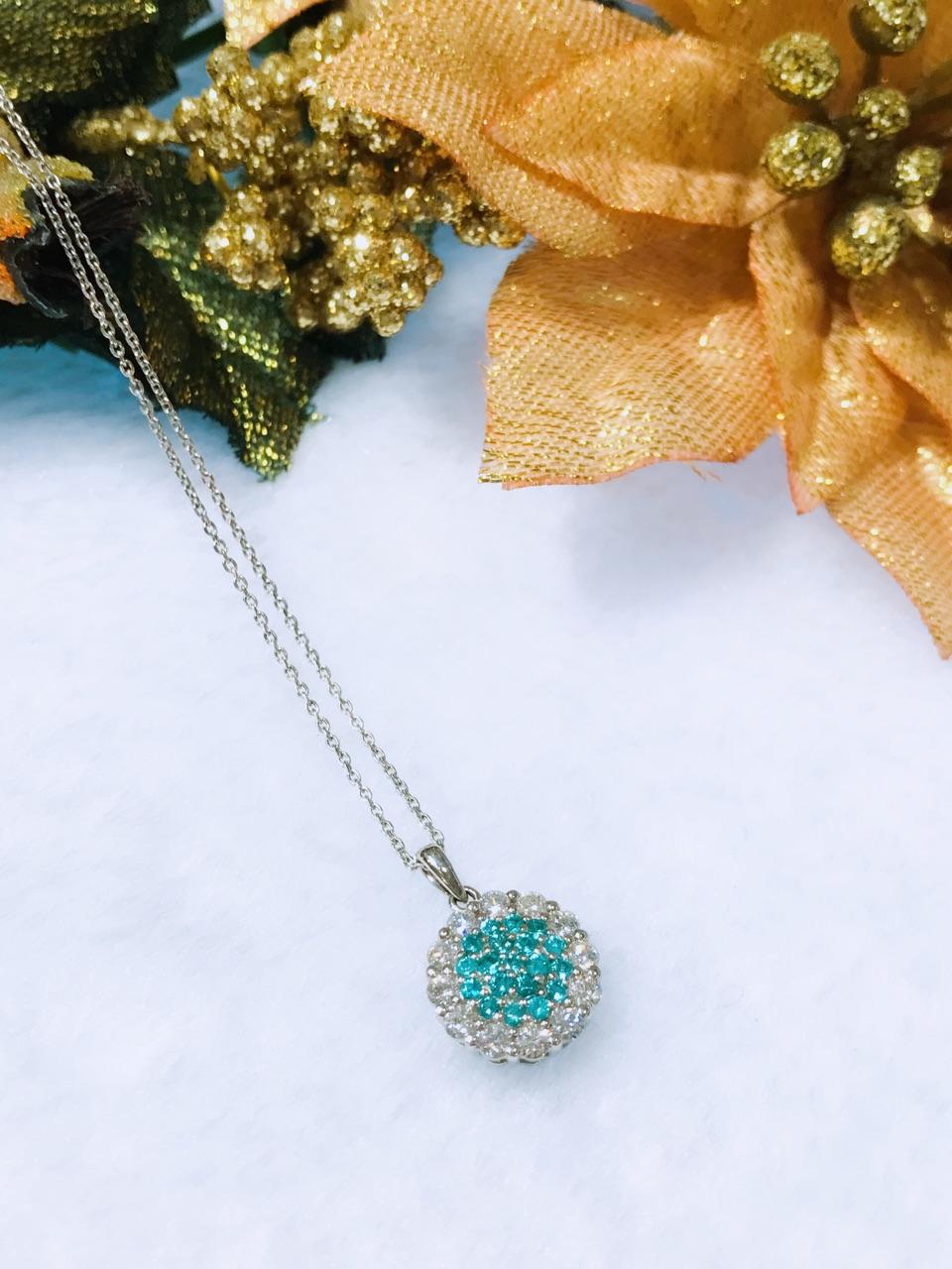 PT900 0.19ct Paraiba Tourmaline with 0.40ct Side Diamonds Necklace