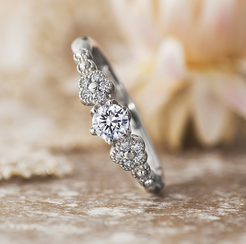 Engagement Ring ? Singapore:PLIE_01