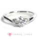 Engagement Ring Singapore: P914-05_01s