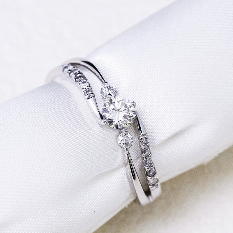 K18 0.2ct Diamond Ring